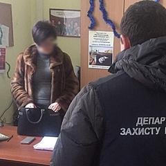 В Одесі заступник декана вишу вимагала гроші від студентів за «успішну» сесію