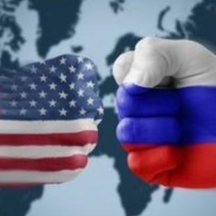 Після висилки дипломатів оптимізму щодо покращення стосунків між США і РФ поменшало, – експерт