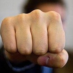 У Черкасах патрульні жорстоко побили чоловіка