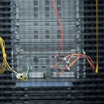 EX.UA повертається: новий домен файлообмінника