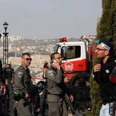 Теракт в Єрусалимі: наїзд на колону військових (камера зафіксувала подію)