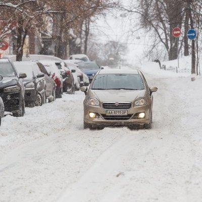 В Україні обмеження руху транспорту діє в 4 областях