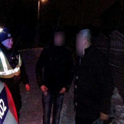 Безвісти зниклих громадян патрульні знайшли на Хмельниччині