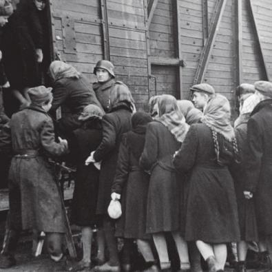 75 років тому почалося вивезення українців на примусові роботи до Німеччини