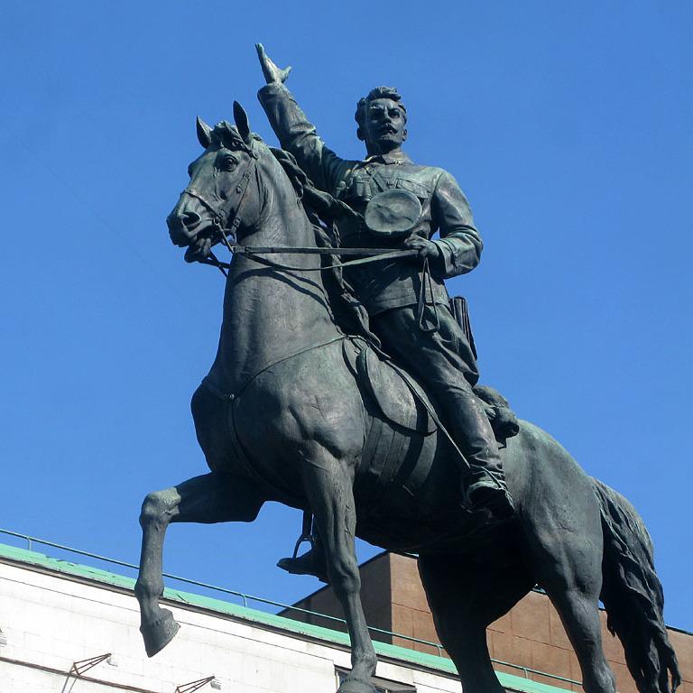 Київрада вирішила, куди перенесуть пам'ятник Щорсу