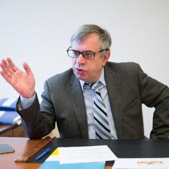 СТБ своїми провокаційними темами шкодить країні, – голова Нацради