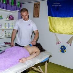 Гідний поваги: як демобілізований боєць поборов жахіття війни і став масажистом