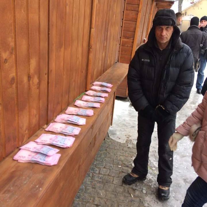 Перший заступник мера Ужгорода вимагав у підприємця гроші