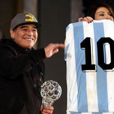 Марадона: За 56 років не бачив нікого кращого, ніж Мессі