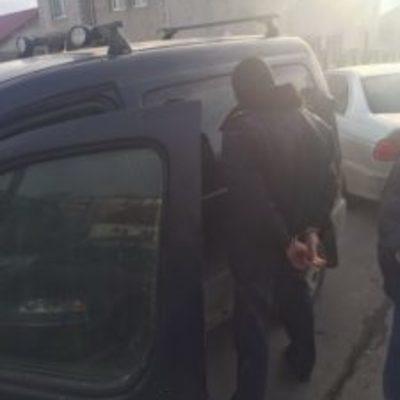 На хабарі спіймали дільничого інспектора поліції (фото)