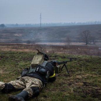Бойовики пішли штурмом біля Авдіївської промзони: Україна зазнала втрат