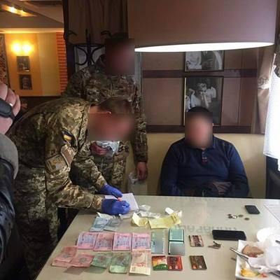 Помічник депутата погорів на хабарі – ГПУ