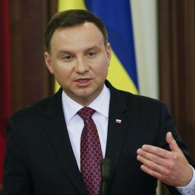 Президент Польщі «нагадав» Путіну, що він має повернути Варшаві та Україні