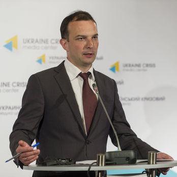 Єгор Соболєв: У реальності контролю за тим, що відправляється з України в окуповану частину Донбасу, не існує