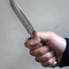 На Херсонщині чоловік ножем поранив 5 сусідів, серед них дитина