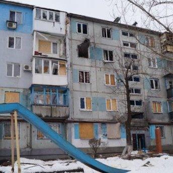Місто перетворюється у руїну – з'явились свіжі фото з окупованого Донецька