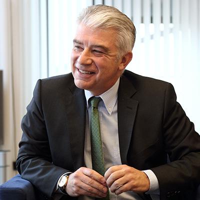 Посол Німеччини допустив проведення виборів на Донбасі у присутності армії РФ