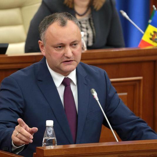 Правляча партія Молдови заявила, що Додон в Брюсселі не захищав інтереси країни