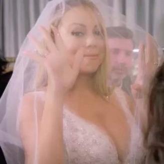 Мерайя Кері: Я багато років мріяла спалити весільну сукню (відео)