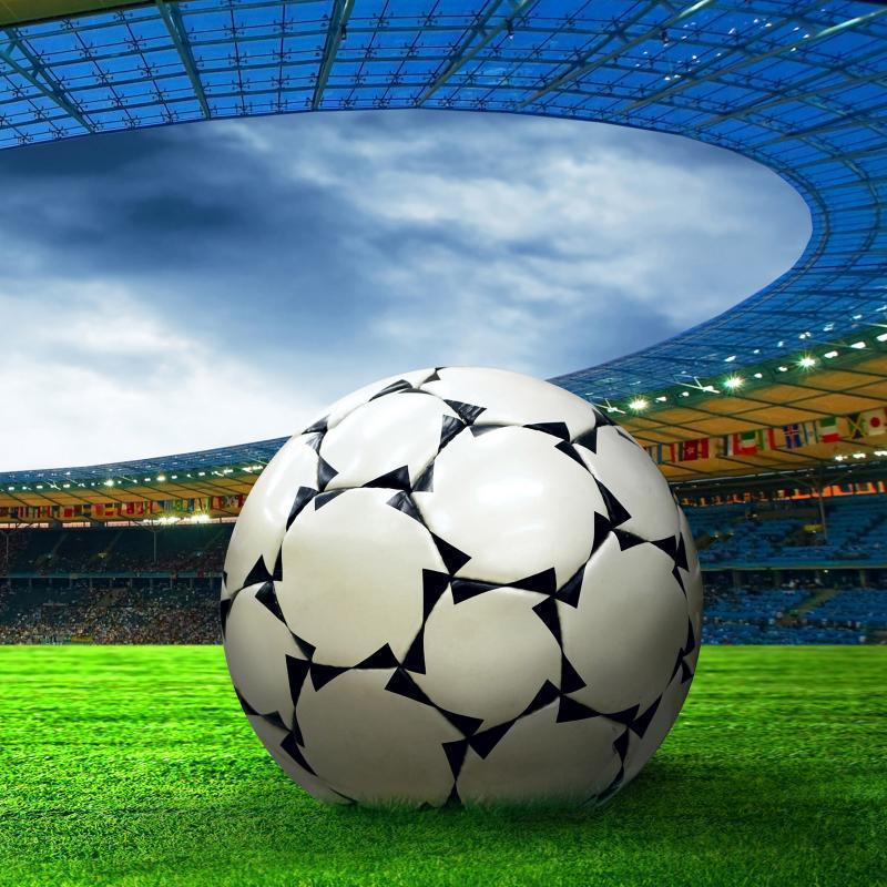 Двох українських футболістів пожиттєво дискваліфікували за гру в «збірній ДНР»