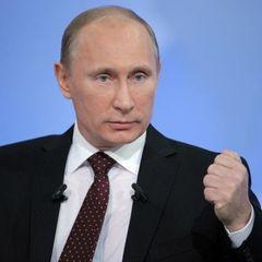 Путін готується піти з Донбасу, - політолог