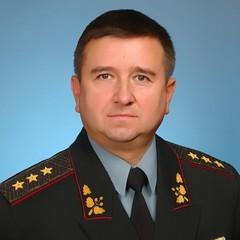 Порошенко посмертно нагородив генерала, який відмовився розганяти Майдан