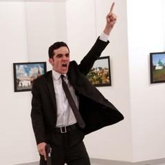 У РФ обурилися через премію World Press Photo за фото вбивства посла Росії