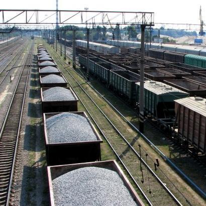 Відійдемо від вантажних вагонів: Міноборони і Укрзалізниця анонсували нові вагони для військових