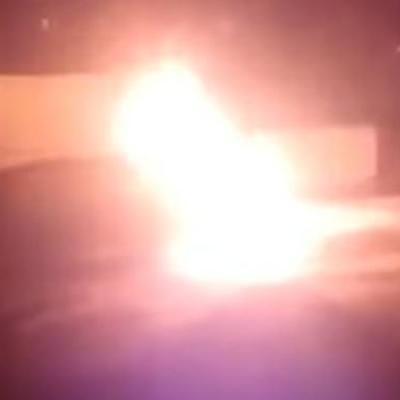 В Харкові невідомі спалили автомобіль Toyota Prius (відео)