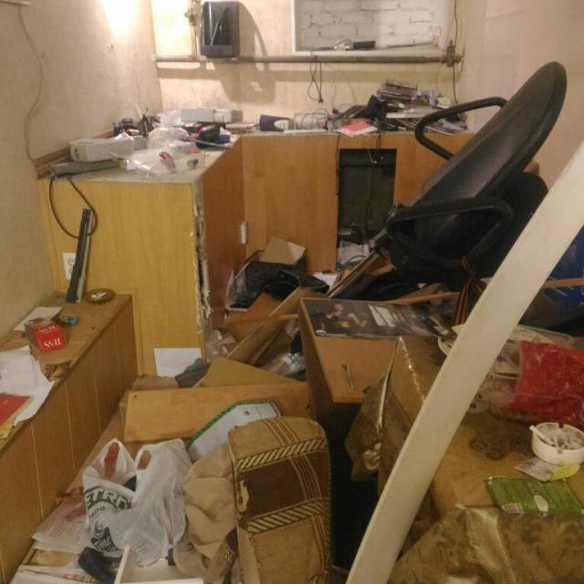 «Музей Новоросії» в Пітері розгромлений після конфлікту з поліцією