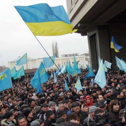 День кримськотатарського опору російській окупації. Порошенко заявив, що не залишить без підтримки співгромадян в Криму