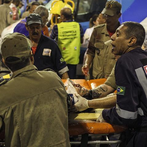 Карнавал у  Ріо: вісім осіб постраждали під час інциденту на  конкурсі шкіл самби