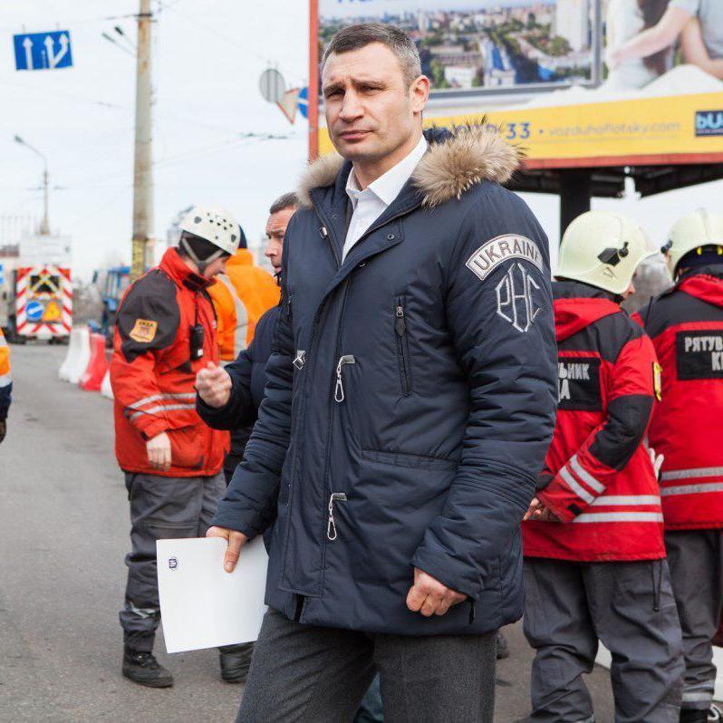 У випадку із Шулявським мостом європейські чиновники самі подали б у відставку, - експерт