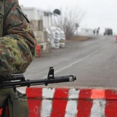 Вогонь у Золотому: терористи вбивають наших захисників та «полюють» на військову техніку