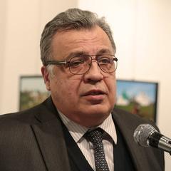 В Туреччині у справі про вбивство посла Карлова заарештували росіянку