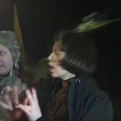 На Донбасі Тетяну Чорновол закидали яйцями (відео)