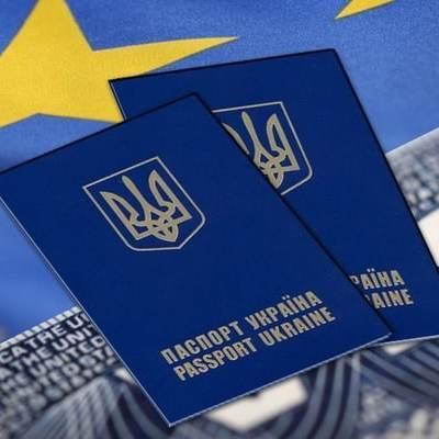 Комітет Європарламенту остаточно затвердив безвіз для України