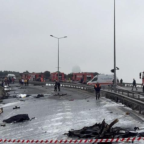П'ятеро людей загинули в Стамбулі в результаті катастрофи вертольота