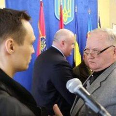 Ветеран АТО розквасив носа генералові через «колорадські стрічки»: з'явилось відео