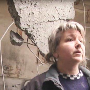 Суцільні руїни: на відео зняли обстріляні бойовиками будинки в Авдіївці