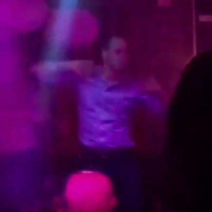 Користувачам соцмереж не сподобалося, ак танцює принц Вільям у нічному клубі в Швейцарії (відео)