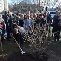 У Варшаві Клімкін відкрив сквер імені Василя Стуса. Фоторепортаж із місця події