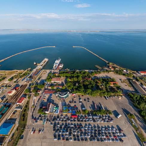 Суд вперше конфіскував судно за входження в порти Криму