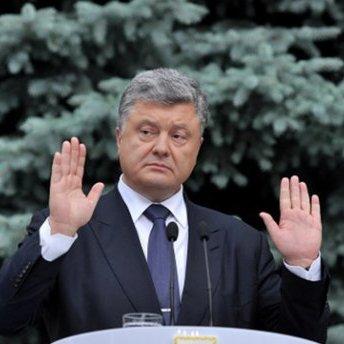 Порошенко схвалив блокаду, бо втрачав контроль над ситуацією, – журналіст