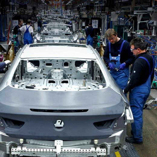 BMW зазнав збитків на 1 мільйон євро через двох п'яних робітників