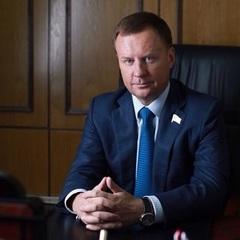Геращенко повідомив ім'я вбивці Вороненкова й інші деталі