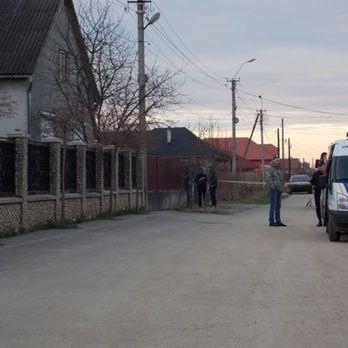На Закарпатті невідомі обстріляли будинок екс-прокурора з гранатомета