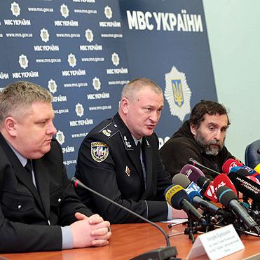 Столичні поліцейські звільнили з полону викраденого чиновника «Укрзалізниці» (відео)