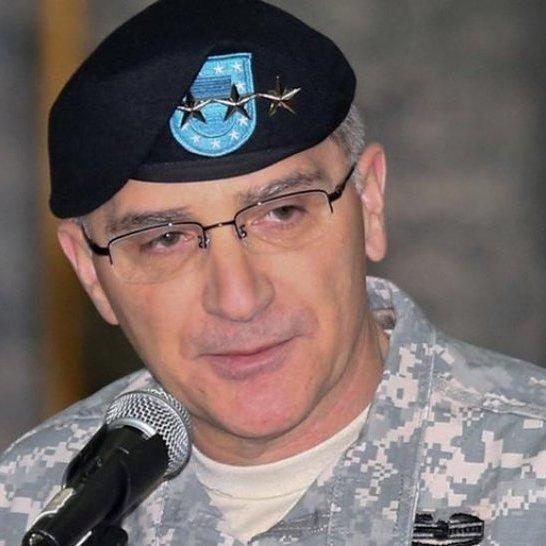 Командувач сил НАТО вже вкотре закликав надати Україні сучасне озброєння