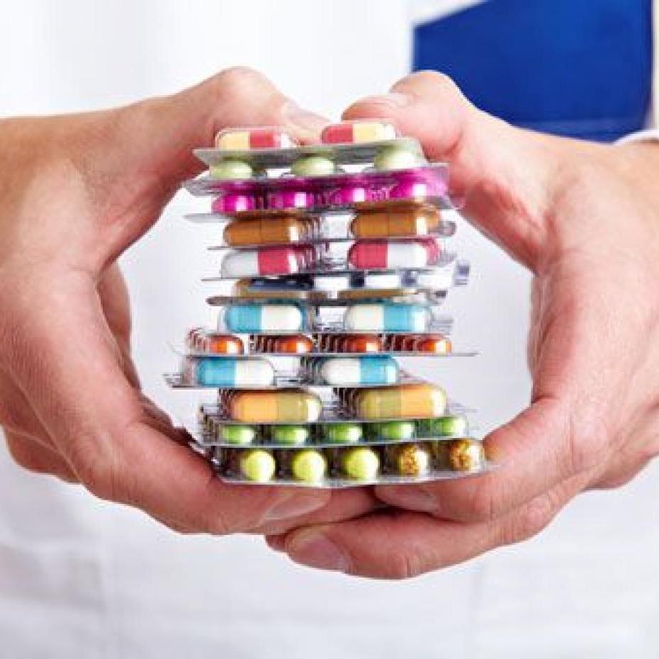 Микола Поворозник: «Централізовані закупівлі лікарських засобів для онкологічних хворих столиці здійснюються виключно в рамках чинного законодавства»
